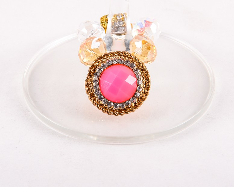 myonos pink wine glass charm