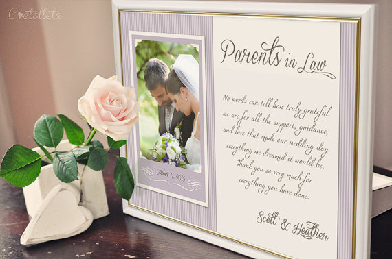 15 gift ideas for future in laws wedding etiquette emmaline parents in law frame junglespirit