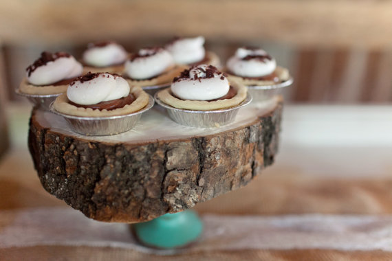 wooden cake stand for centerpiece