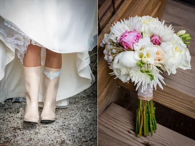 bride_wedding_boots_flower_bouquet