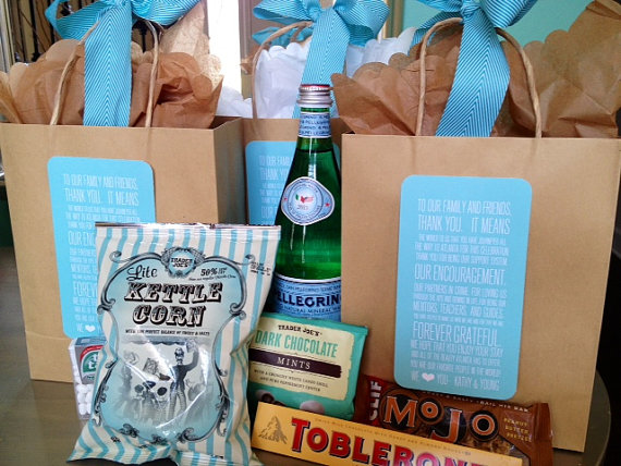 wedding welcome bag by weddingsbyjamie via 26 Things Guests Love at Weddings from A to Z | http://emmalinebride.com/planning/things-guests-love-at-weddings/ 