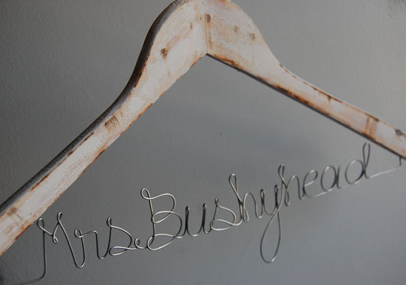 wire hanger by bettanddot | country bridesmaid gifts under $25 via http://emmalinebride.com/rustic/country-bridesmaid-gifts/