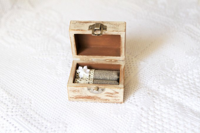rustic-ring-box