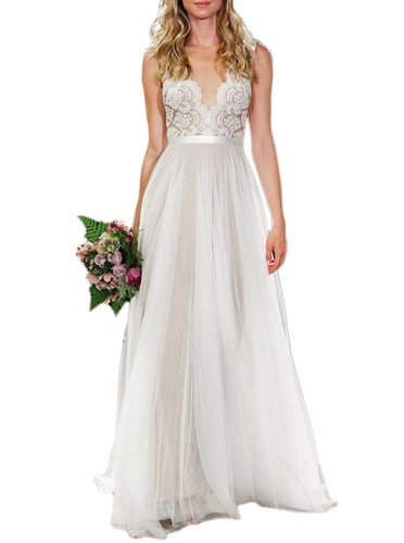 Beautiful beach wedding dress by Ikeren | via Cheap Beach Wedding Dresses That Look Amazing | http://emmalinebride.com/bride/cheap-beach-wedding-dresses/