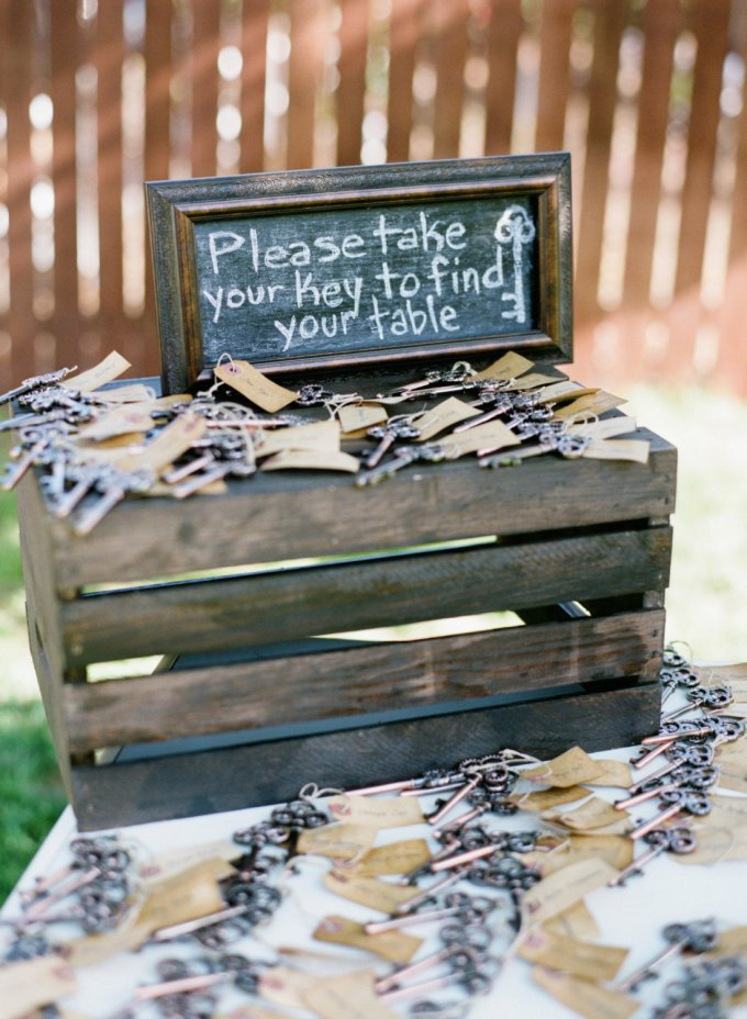 key-wedding-escort-cards-and-favors-in-one-by-treesoflace