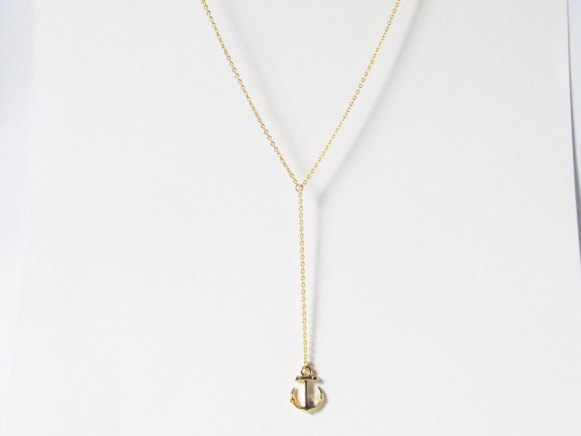 gold-anchor-necklace