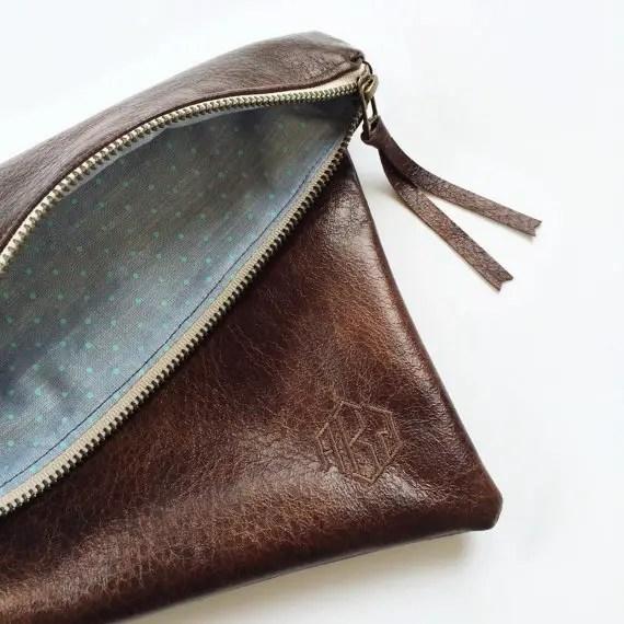 bridesmaid-leather-bag-with-monogram