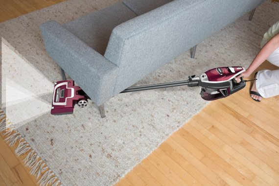 vacuuming1