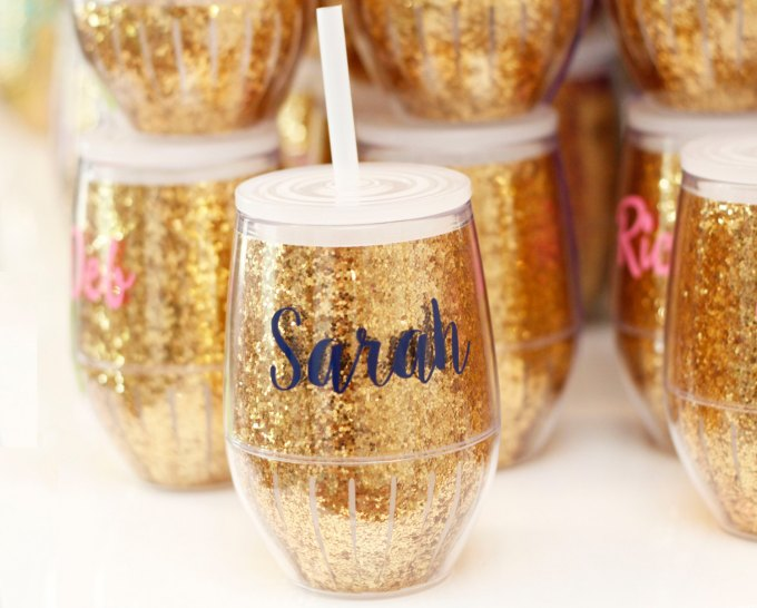 Glitter Wine Glasses   Bachelorette Drink Tumblers   http://etsy.me/2lRU6Ej