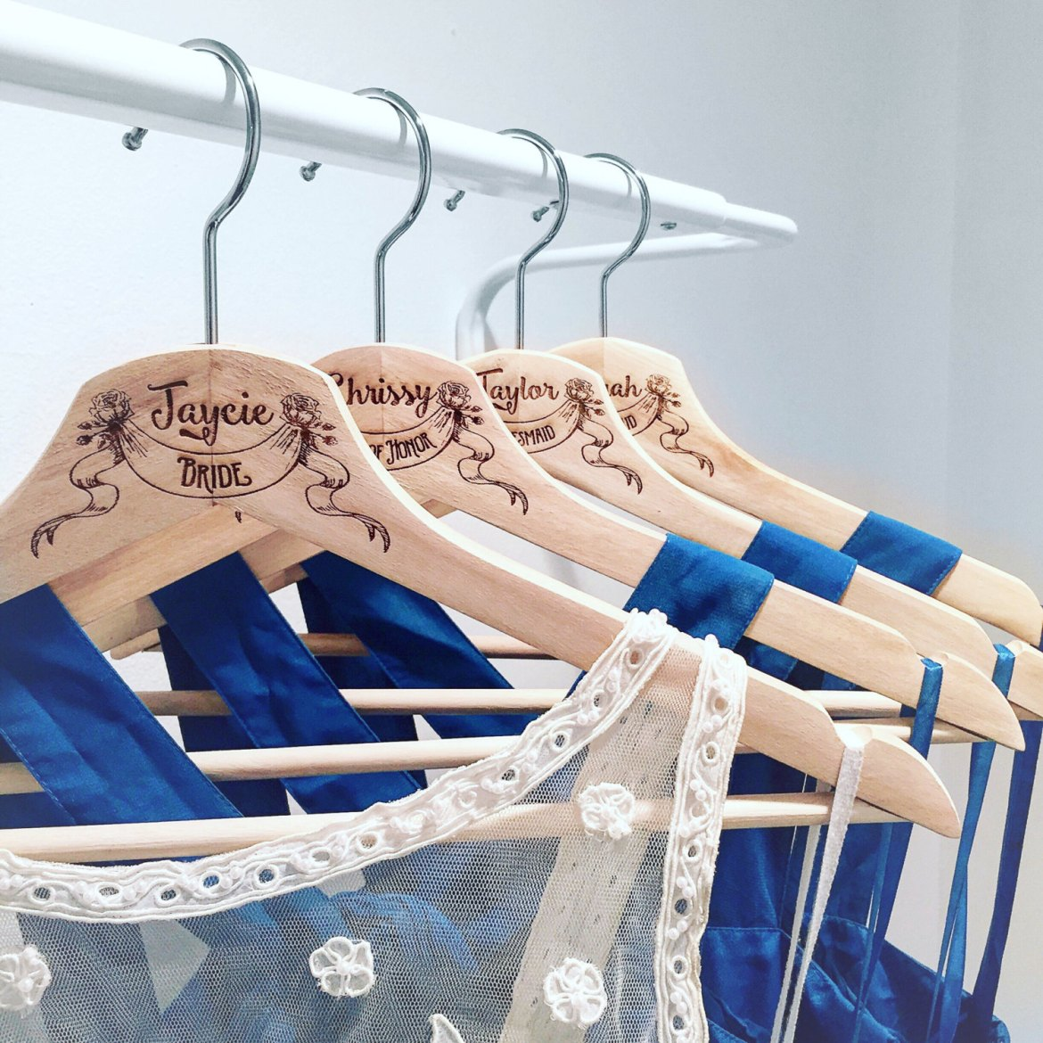 personalized groom hanger | http://etsy.me/2neyW3M