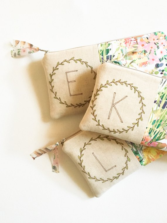 monogram clutches for bridesmaids | by mama bleu designs | via http://emmalinebride.com/gifts/monogram-clutches-for-bridesmaids/