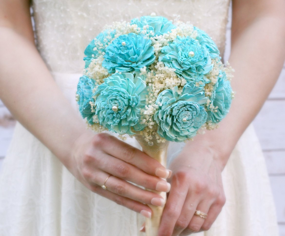 where to buy sola flowers | bouquet by the sunny bee | http://emmalinebride.com/bouquets/where-to-buy-sola-flowers/