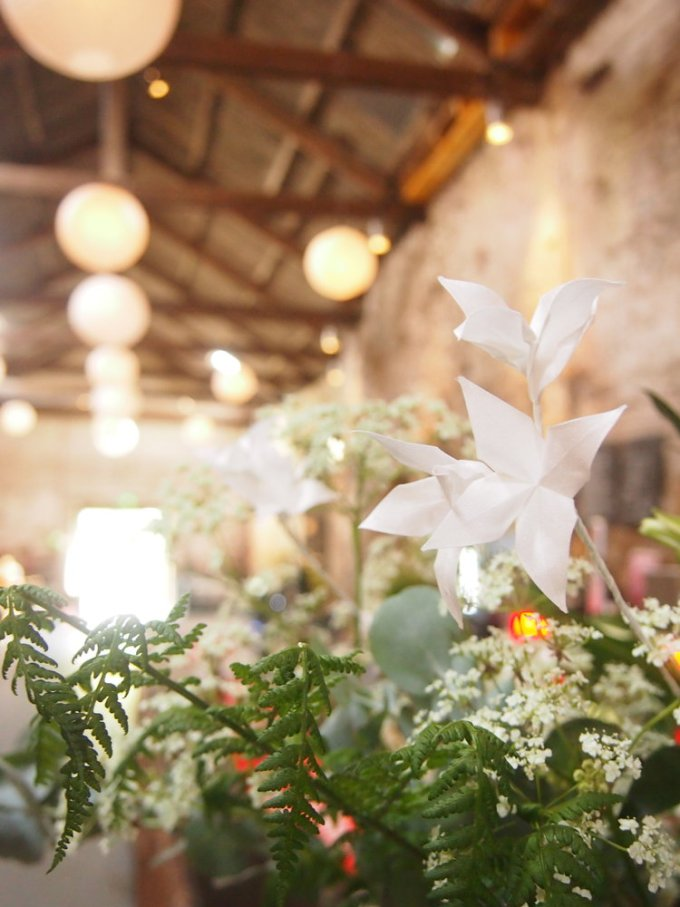 Origami wedding flowers thatll amaze you emmaline bride origami can be used in your any wedding flowers ie bouquet or boutonniere including your centerpieces mightylinksfo
