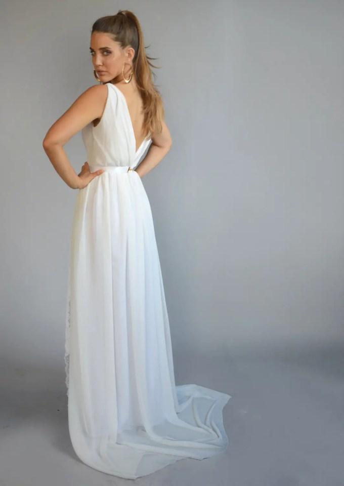 15 Most Romantic Bohemian Wedding Dresses | Emmaline Bride®