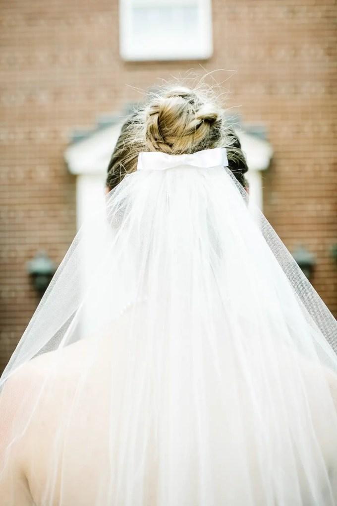 bow wedding veil