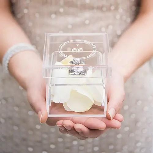 wedding ring box via http://shrsl.com/t130