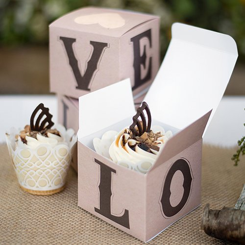 100 Fun Cheap Wedding Favors That Guests Love