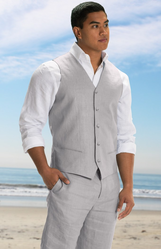 Heres what the groom wears for a beach wedding bridalpulse beach wedding groom attire ideas junglespirit Choice Image
