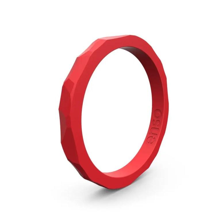 hammered ring design red