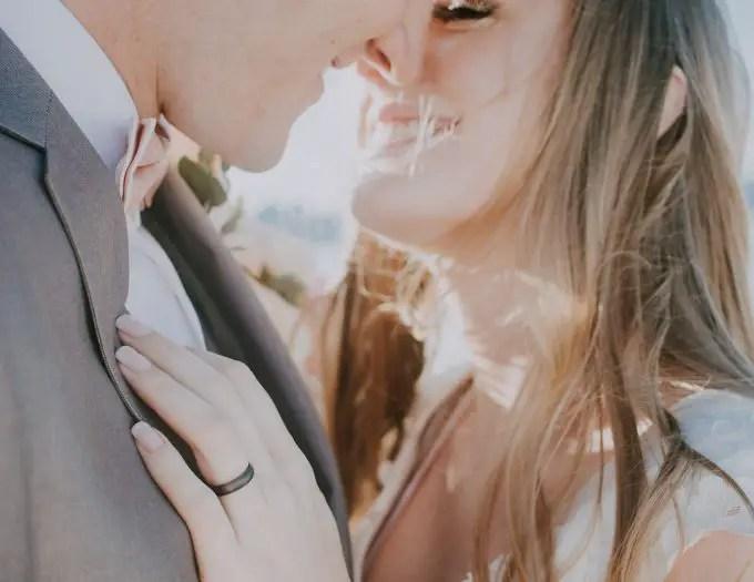 silicone wedding rings via https://amzn.to/2rIFJna