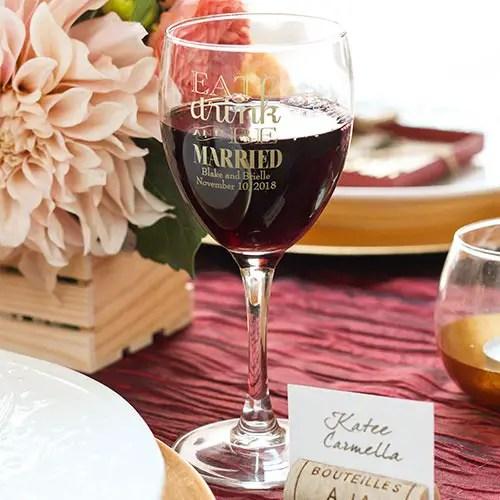 wine glass wedding favors ideas via http://shrsl.com/153w1