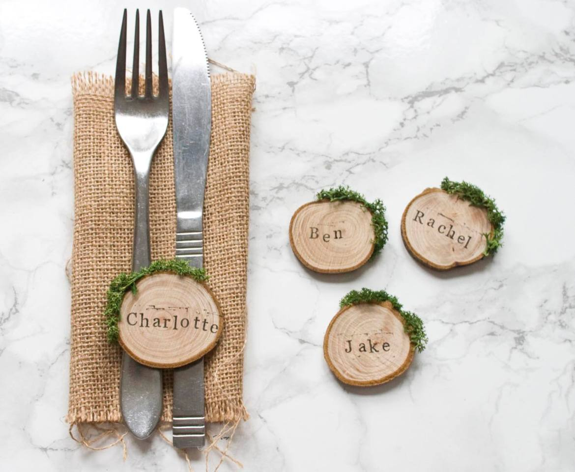 wood slice place cards