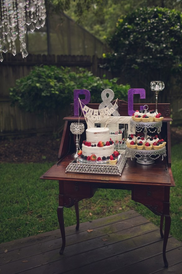 Cake Table | Rustic Glam Bridal Shower | styled: adore amor event planning, photo: little blue bird photography | http://emmalinebride.com/shower/rustic-glam-bridal-shower/