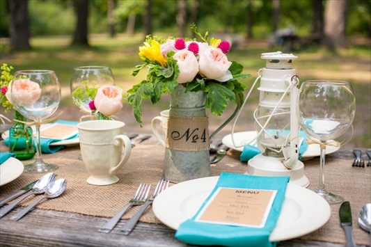 10 Incredible Camp Themed Wedding Ideas (styled by All About You Productions, photo by Stevie B Photography via EmmalineBride.com)