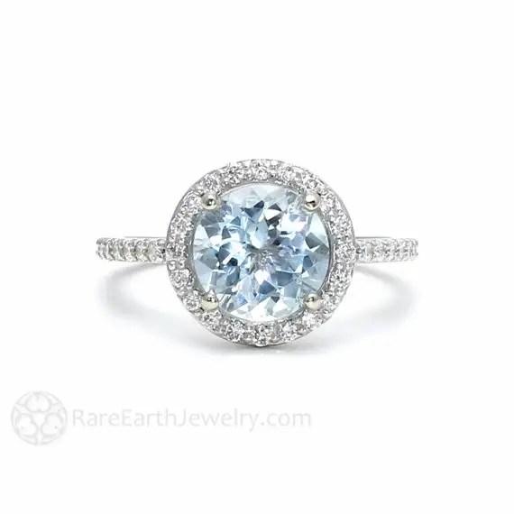 aquamarine engagement ring | via Best Aquamarine Jewelry Finds on Etsy - http://emmalinebride.com/bride/best-aquamarine-jewelry/