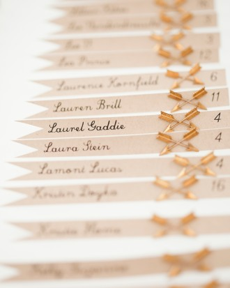 arrow-wedding-place-cards