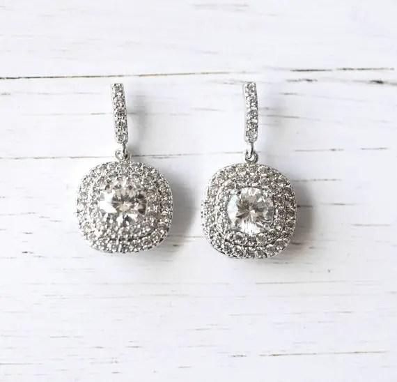 Art deco crystal drop earrings | vintage bridal earrings | http://emmalinebride.com/bride/vintage-inspired-bridal-earrings
