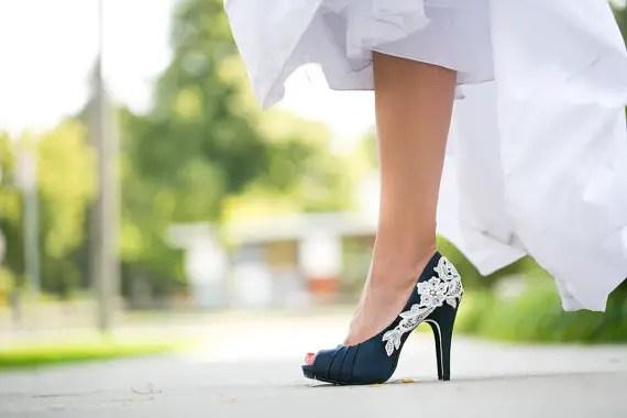 Wedding Shoe Tips - blue heels (by Walkin On Air)