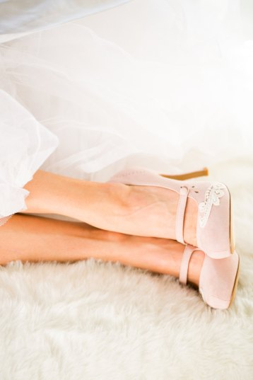 blush mary janes wedding shoes for bride | via http://emmalinebride.com/bride/wedding-shoes-for-bride/