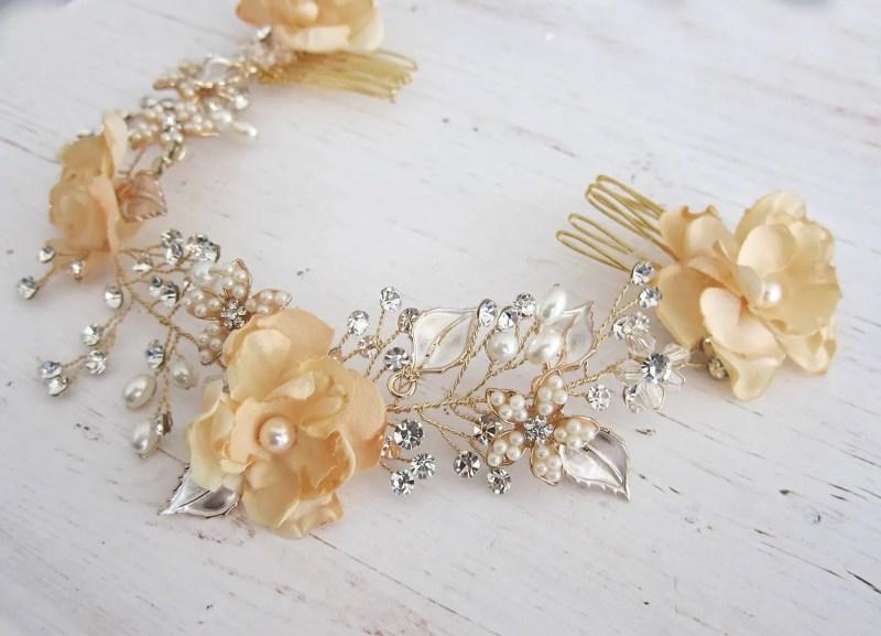 Bohemian Wedding Hair Wreath | http://emmalinebride.com/bride/bohemian-wedding-hair-wreath/