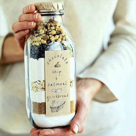 DIY Mason Jar Gifts - bread in a bottle