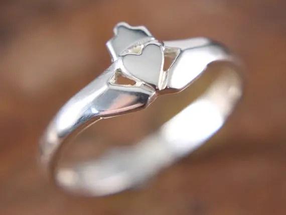 celtic wedding claddagh ring