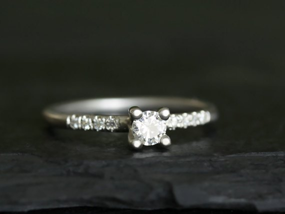 eco friendly handmade engagement ring via How To:  Buying Engagement Ring on Etsy / Online
