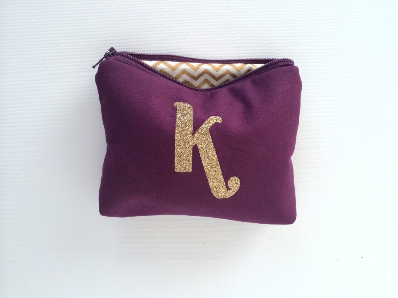 eggplant and gold makeup case | Bridesmaid Makeup Cases http://emmalinebride.com/gifts/bridesmaid-makeup-cases/