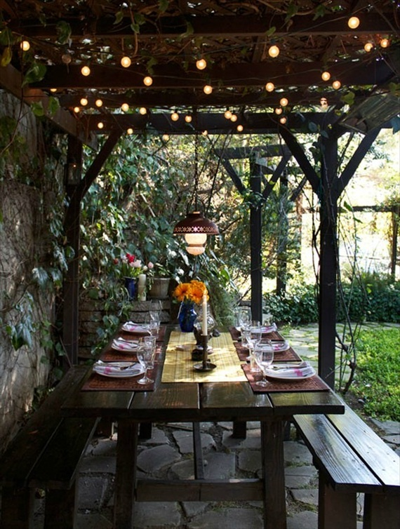 How to Plan an Engagement Party via EmmalineBride.com - BBQ Engagement!  Great idea for an intimate engagement party.  Via Happiness Is.