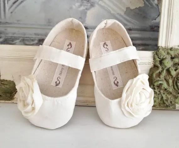 flower girl shoes with rosette by bitsy blossom | via 5 New Handmade Wedding Finds - Emmaline Bride http://emmalinebride.com/marketplace/