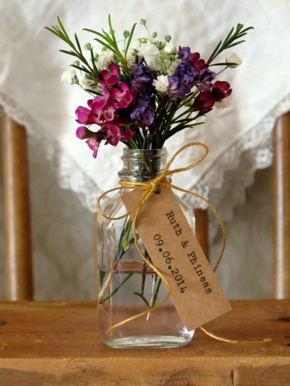 flower vase favors in jar
