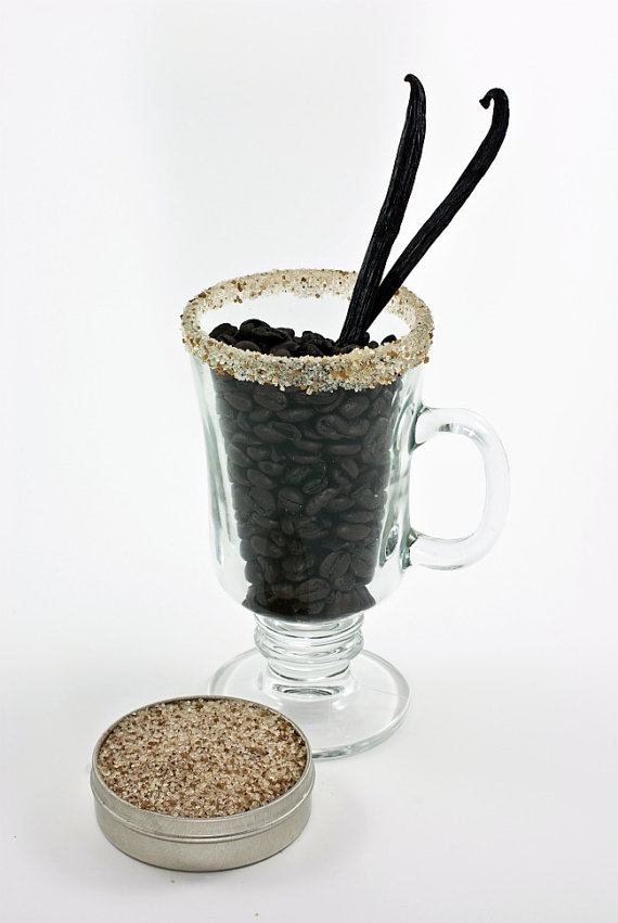 5 Foodie Wedding Favors: #4 Coffee Rimming Sugars + Salts (by Dell Cove Spices via EmmalineBride.com) #favors #handmade #wedding #foodie
