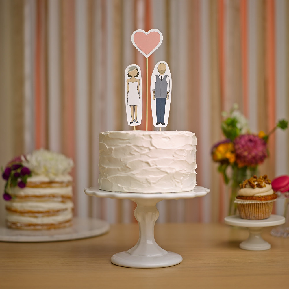 cake toppers that look like you | via http://emmalinebride.com/cake/toppers-that-look-like-you/ | love these! from ready go