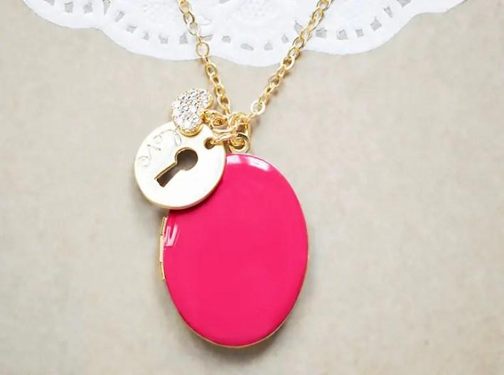 hot pink locket