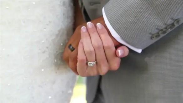 bride and groom, wedding rings
