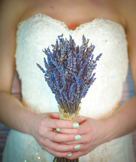 lavender bouquet wrapped in burlap | 35 Easily Beautiful Ways to Use Burlap for Weddings http://emmalinebride.com/rustic/ways-use-burlap-weddings/
