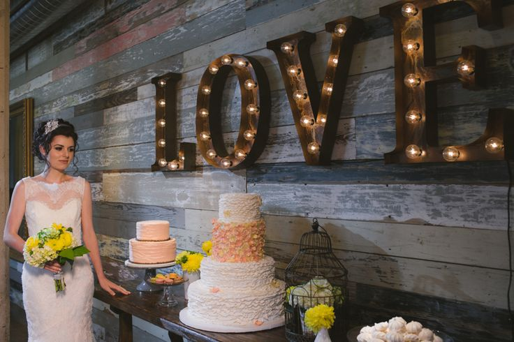 love-vintage-wedding-marquee-lights