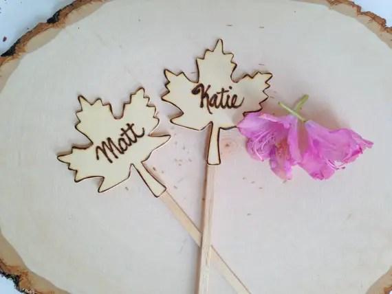 maple leaf cake topper set   by Petite25   via http://emmalinebride.com/fall/leaf-cake-topper-fall-weddings/