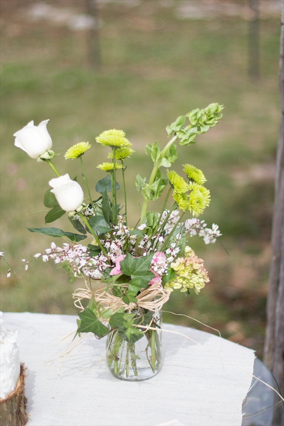How to Plan a Rustic Fairytale Themed Wedding (photo by Jessy Carte via EmmalineBride.com)