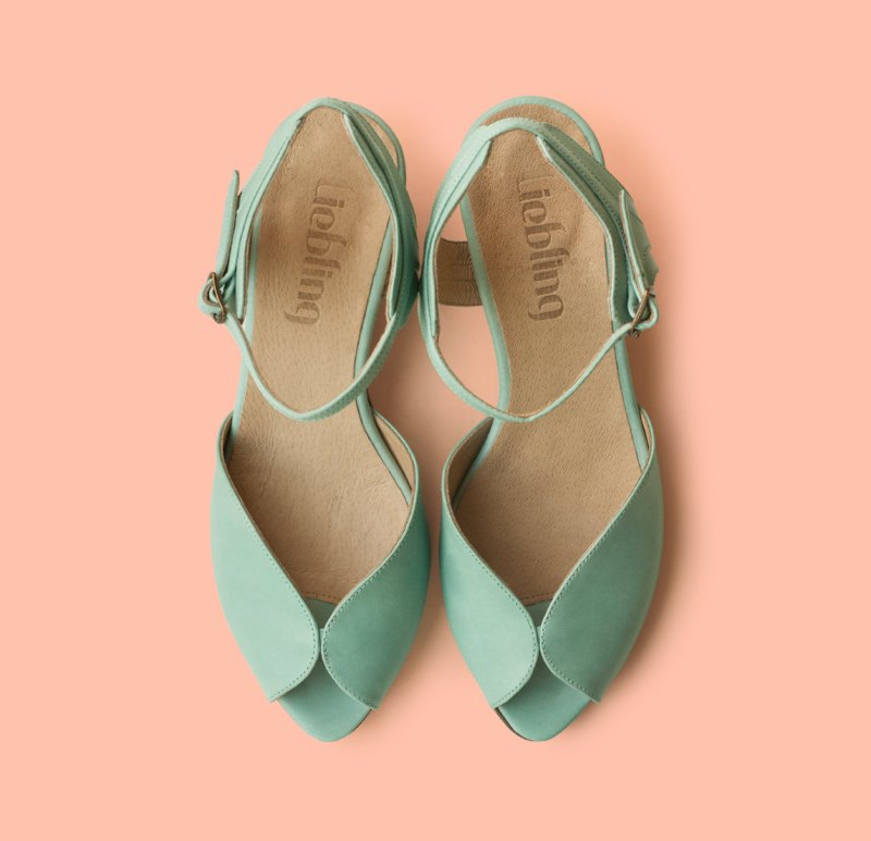 mint green shoes | via 31 Best Handmade Wedding Shoes http://emmalinebride.com/bride/handmade-wedding-shoes/